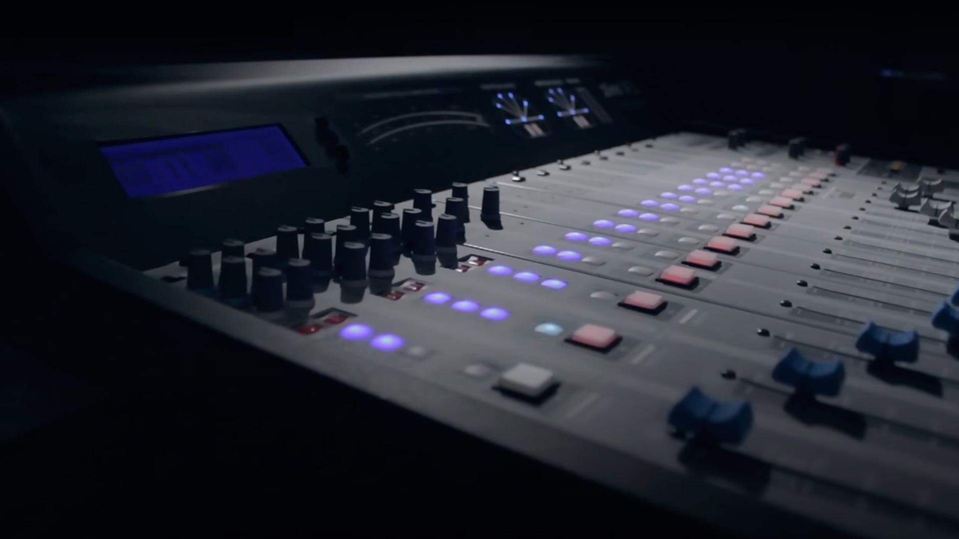 Virtual2600-Consola-2600XL-Solidyne-Televisión-Radio-Emisoras-FM-AM-Internet-Virtual-Online-Buena-Imagen-Bogotá-Colombia